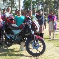 2014: Motorka pro školu v horách